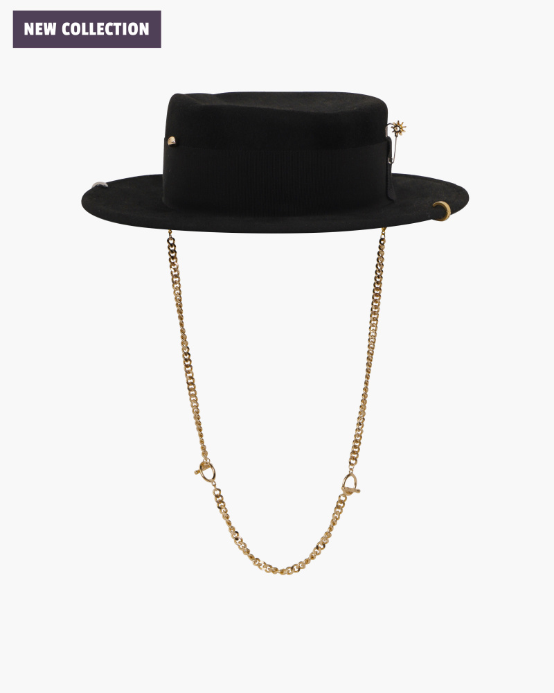 BOATER HAT WITH CHAIN