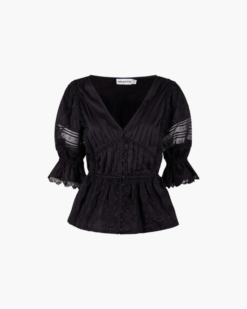 TOP IN PIZZO BRODERIE