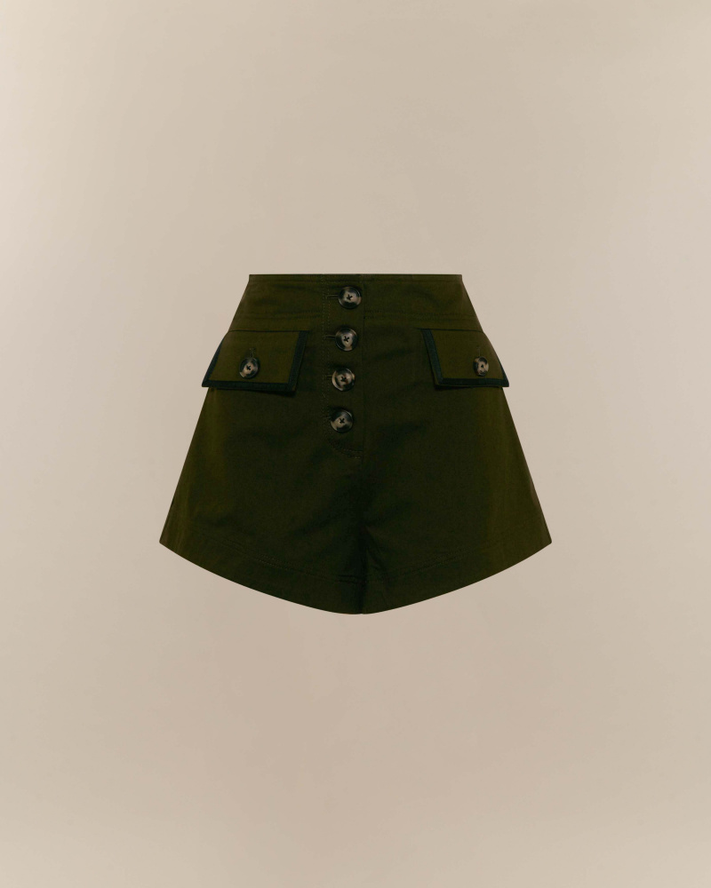 SHORTS IN CANVAS